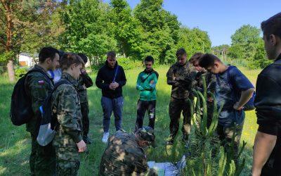Szkolenie wojskowe w terenie